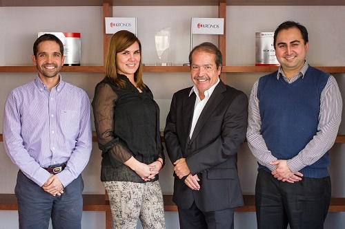 Rodrigo Alfaro, Constanza Aguilar y Francisco Arellano, de SCM Consultores; y Miguel Angel Alfaro, de SCM Consultores Latam.