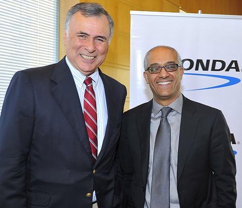 Mario Pavón y Aziz Benmalek.